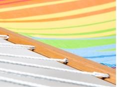 Hamak z drążkiem KOUPLE - szeroki wybór kolorystyczny, KOUPLE - Rainbow(17191)