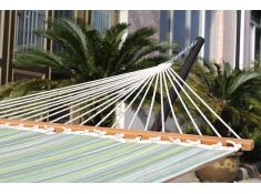 Pikowany hamak Sunbrella z drążkiem dwuosobowy, SUN2 - niebiesko-biały(04)