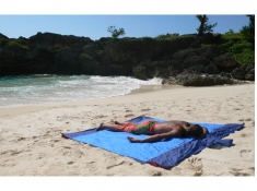 Beach blanket, TMBB
