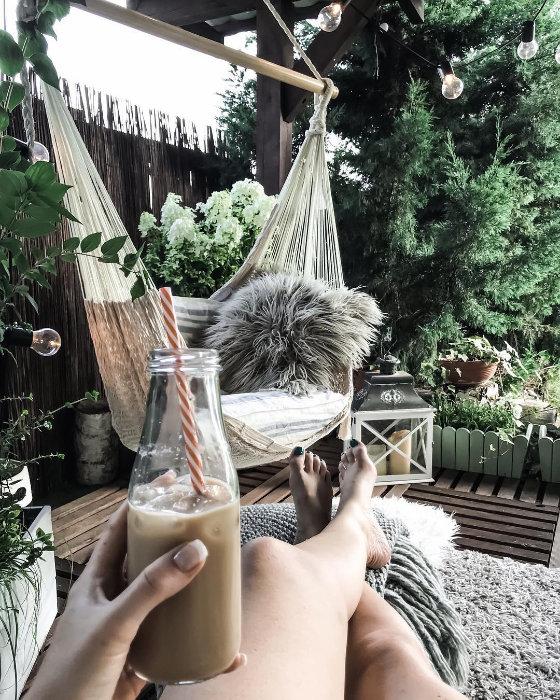 Hamak ogrodowy to najlepszy sposób na letni relaks.