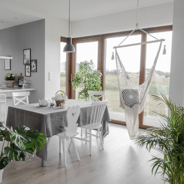 Fotele i siedziska ogrodowe, które sprawdzą się także w... domu